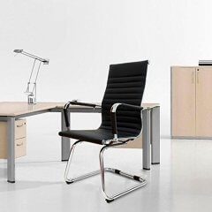 Cadeira de Escritório Stripes Bruno Preta base Cromada