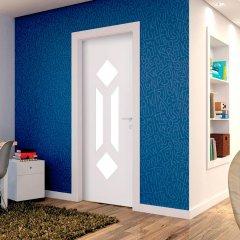 Porta Decorativa de Madeira Sólida Ref107