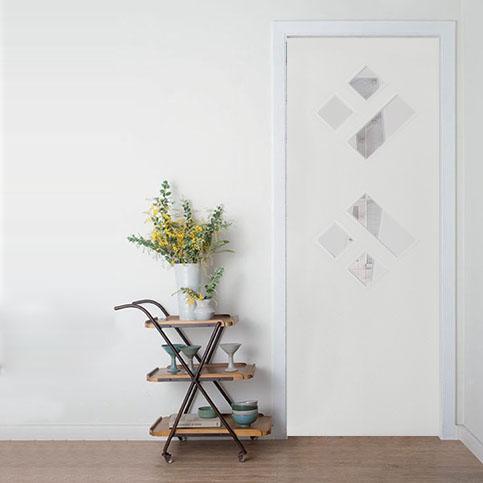 Porta decorativa Sólida Referência 33