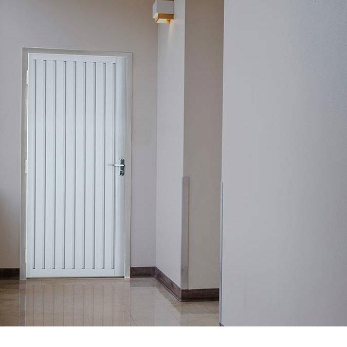 Porta de Giro de Aço Calha