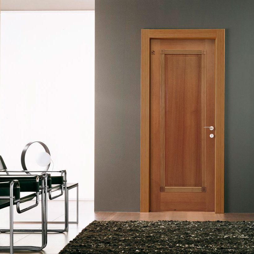 Porta Decorativa de Madeira Sólida Carina